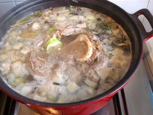 Bouillon pan